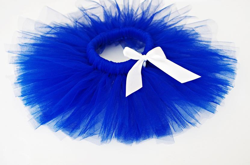 Туту пола в Кралско синьо