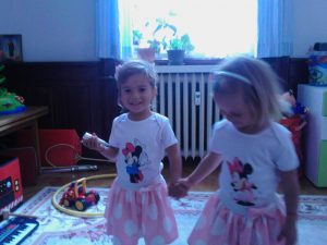 Minnie Mouse детски комплекти с поли на точки