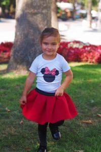 Нора с комплект Мини Маус в червено и неопренова пола