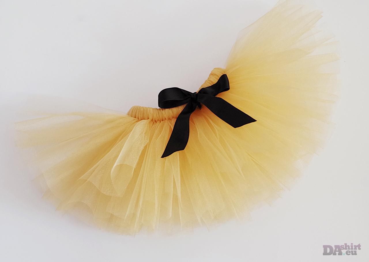 Пола от тюл в златно с черна пандела