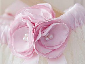 Декорация за пола в екрю и бледо розово