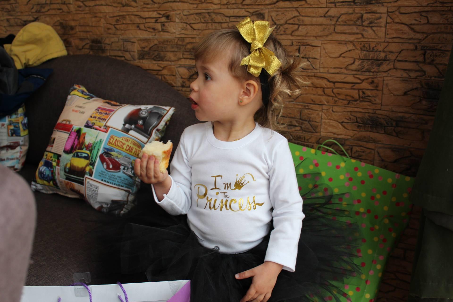 Златна блуза I am the princess