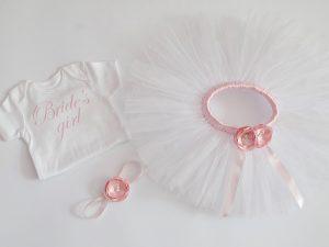 туту сет за малка шаферка в бяло и бледо розово