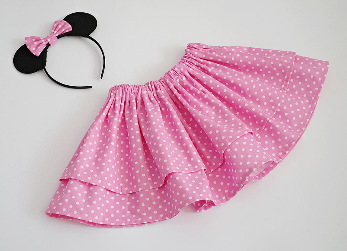 Детска пола в розово на бели точки
