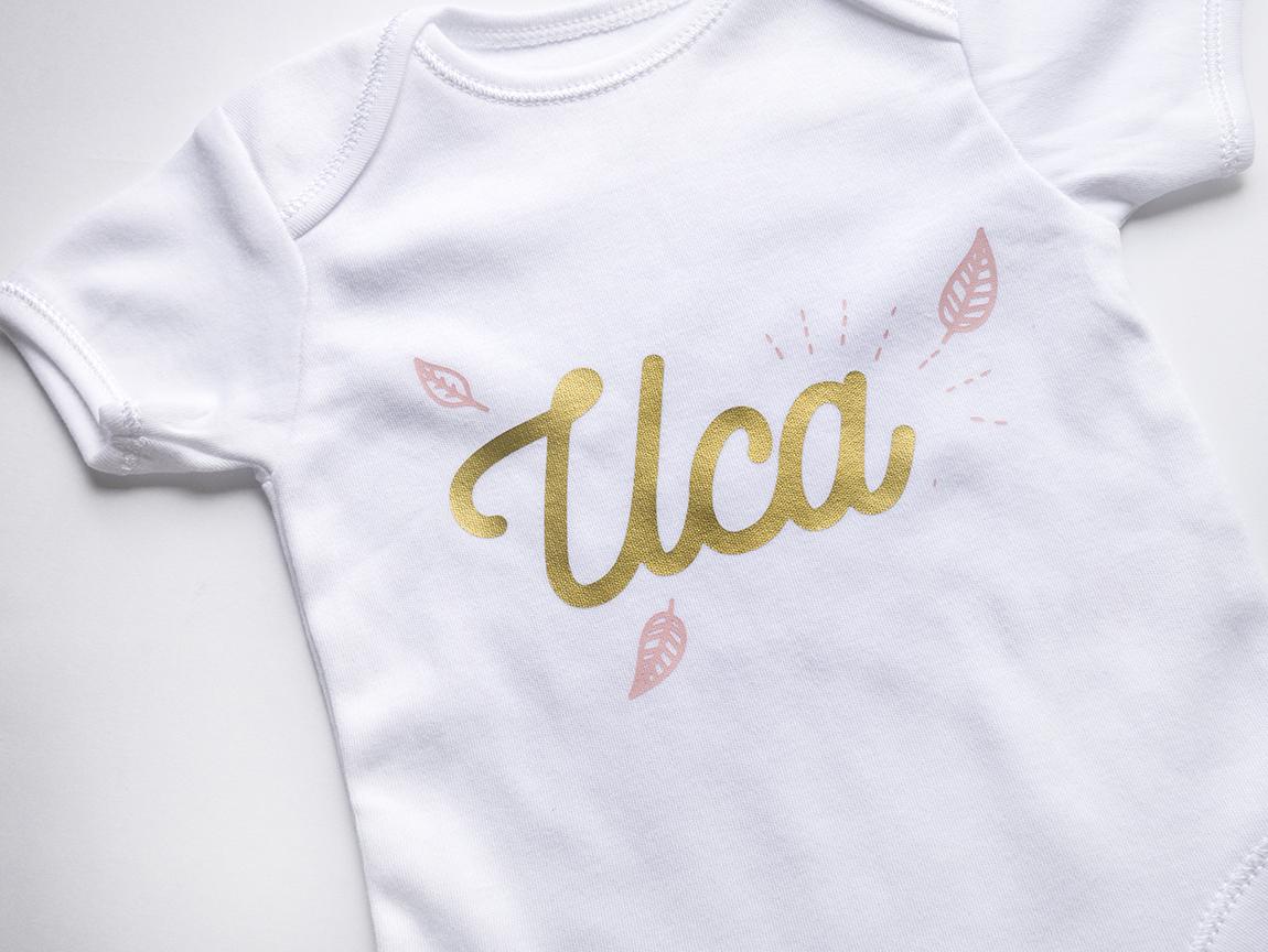 Персонализирано боди в златно и розово с името на детето