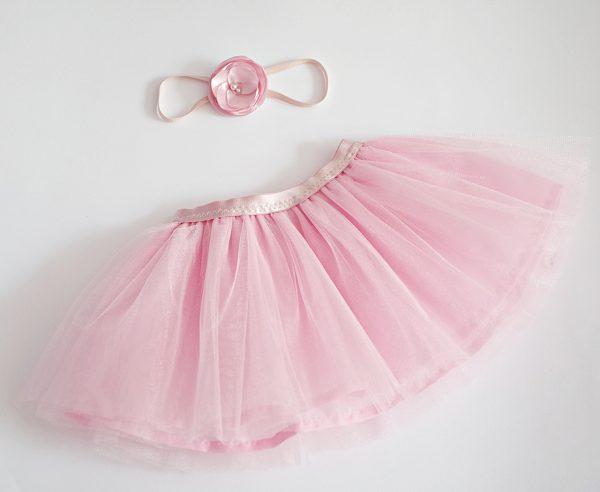 детска розова пола от тюл