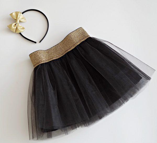 Детска пола в черно и златно от кристален тюл